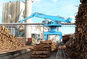 Log handling / Manutention de bois