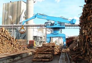 Gruas seram Log handling / Manutention de bois